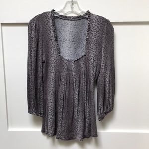 Soft drapery 3/4 length sleeve top